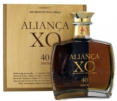 Ag Velha  Aliança XO  40 Anos   500ml  Cx Madeira
