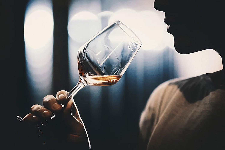 Mundo dos vinhos: Enólogos, Sommeliers e Enófilos - quem são?